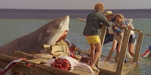 El ultimo tiburon-3