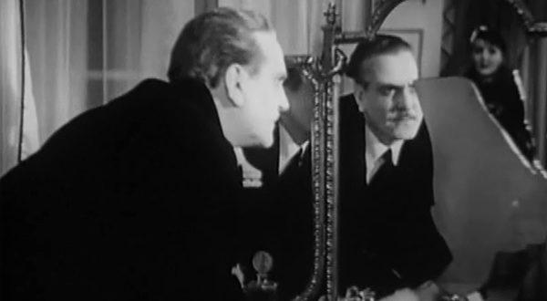 Un beso ante el espejo-3