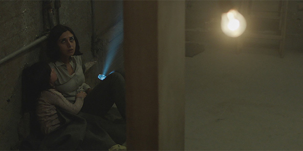 Under the Shadow-2