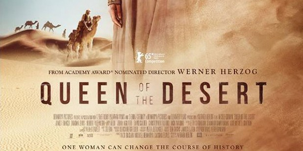 Póster de Queen of the Desert
